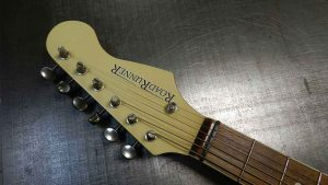 Roadrunner Guitars Anty For Sale