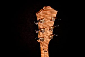 Tom Bills Archtop Guitars - The NATURA Elite