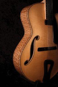 Tom Bills Archtop Guitars - The NATURA