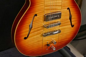 Luthier Hervé Berardet Osiris Evolutions